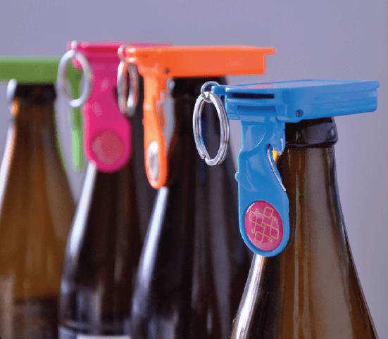 Badge4u – Keychain 5w1 – Otwieracz do butelek